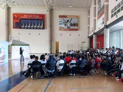 Participamos con el Curso de nutrición en el Instituto Potosino de Cultura Física y Deporte en la ciudad de San Luis Potosí(12 de octubre)